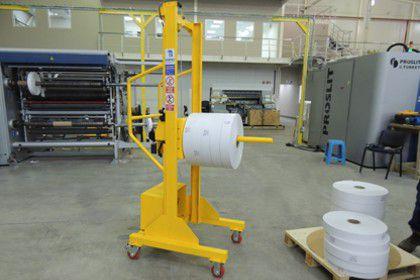 Manipulador de bobinas de papel y flexografia